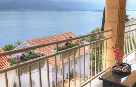 Property for sale in Tivat. Apartment in waterfront house in Krasici