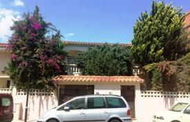 6 bedroom houses by the sea for sale in Costa Dorada. Beautiful house in a resort town, Cambrils, Spain