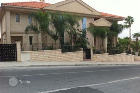6 bedroom houses by the sea for sale in Limassol (city). Six Bedroom Luxury Villa — Reduced