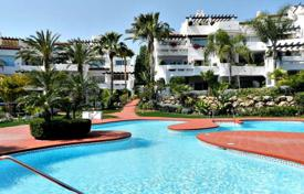 34 apartments in Puerto Banus, 1st. line beach for 219,000 €