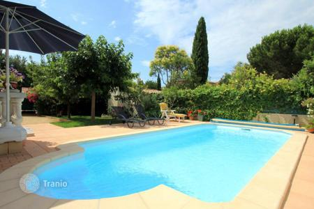 Residential to rent in Saint-Cyr-sur-Mer. Villa – Saint-Cyr-sur-Mer, Côte d'Azur (French Riviera), France