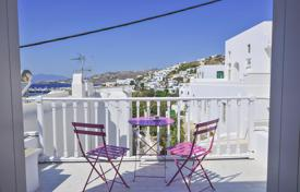 3 bedroom villas and houses to rent in Aegean. Traditional mikonian style villa with sea view and furniture, in Chora, Mykonos, Greece
