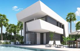 Houses with pools for sale in La Marina. New villas within walking distance from the beach in La Marina, Alicante, Spain