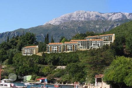 Coastal apartments for sale in Herceg Novi (city). PASSION