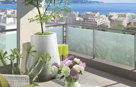 New homes for sale in Nice. New two-bedroom apartment with a sea view in a gated residential complex in Bas Fabron area, Nice, Côte d'Azur, France