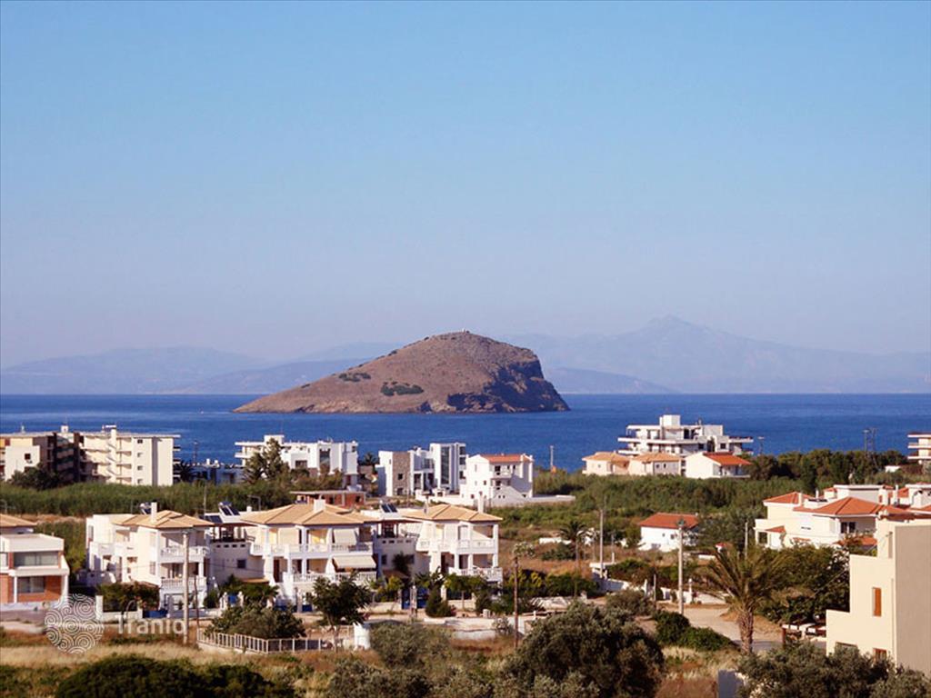 Продажа каартир в греции на берегу моря