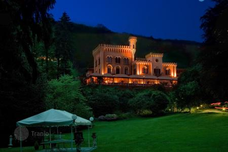 Luxury residential for sale in Lesa. Villa – Lesa, Piedmont, Italy