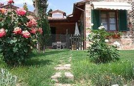 Property for sale in Sinalunga. Apartment – Sinalunga, Tuscany, Italy