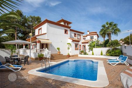 4 bedroom houses for sale in Spain. Villa – Alicante, Valencia, Spain