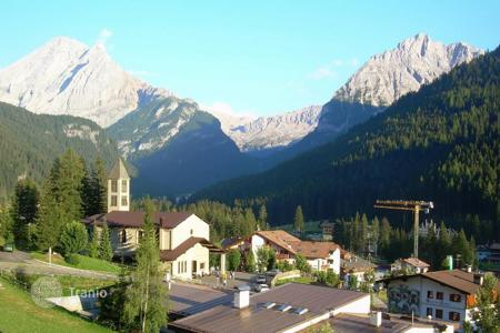 Residential for sale in Trentino - Alto Adige. Detached house – Trentino - Alto Adige, Italy