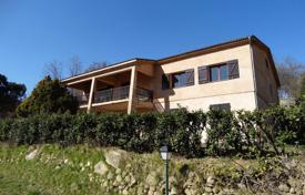 Coastal townhouses for sale in Provence - Alpes - Cote d'Azur. Terraced house – Provence — Alpes — Cote d'Azur, France