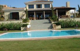 Luxury property for sale in Torreguadiaro. Stylish seaview villa with terraces and luxurious finishings, on a plot with a landscaped garden and a pool, Torreguadiaro, Sotogrande