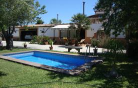 4 bedroom houses for sale in Majorca (Mallorca). Two-storey villa with a private pool, Marratxi, Spain