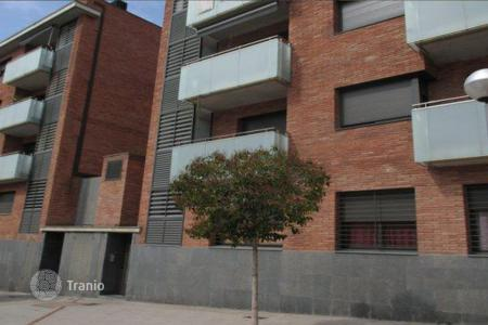 Foreclosed 3 bedroom apartments for sale in Catalonia. Apartment in Premià de Mar