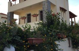 Houses for sale in Pigianos Kampos. Buy three-story villa in the village Pigyanos Campos, Rethymnon, Crete