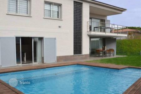 4 bedroom houses for sale in Alella. Townhome – Alella, Catalonia, Spain