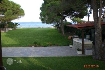 Property to rent in Attica. Villa - Attica, Greece
