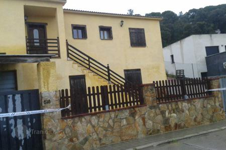 Foreclosed 5 bedroom houses for sale in Spain. Villa – Tordera, Catalonia, Spain