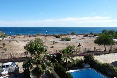 Townhouses for sale in Cabo Roig. Townhouse of 3 bedrooms in Orihuela Costa