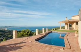 3 bedroom houses for sale in Catalonia. Mediterranean style villa with a pool, a garden and a sea view, next to Begur, Spain