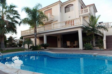 Luxury 4 bedroom houses for sale in Mouttagiaka. Four Bedroom Villa