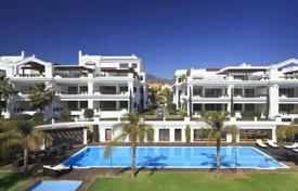 Four-bedroom apartment with a sea view in Marbella, Andalusia, Spain for 1,550,000 €