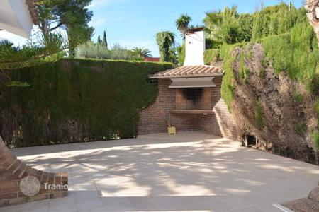4 bedroom villas and houses by the sea to rent in Costa Dorada. Villa – Roda-de-Bara, Catalonia, Spain