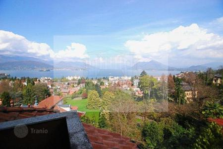 3 bedroom apartments for sale in Piedmont. Apartment - Stresa, Piedmont, Italy