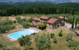 6 bedroom houses for sale in Tuscany. Villa – Tuscany, Italy