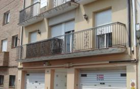 Bank repossessions terraced houses in Catalonia. Terraced house – Canet de Mar, Catalonia, Spain