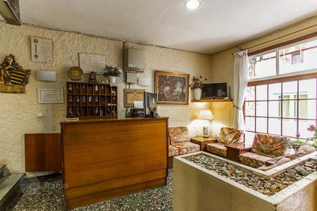 Hotels for sale in Barcelona. Hostel two stars standing at the main street of Sant Pol de Mar