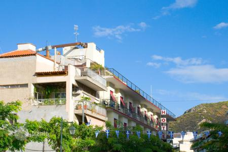 Hotels for sale in Costa Brava. Three-star hotel with restaurant, two swimming pools and sea views in Girona