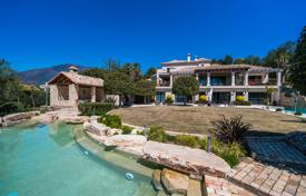 Luxury houses with pools for sale in Costa del Sol. Magnificent Villa in La Zagaleta Golf & Country Club, Benahavis