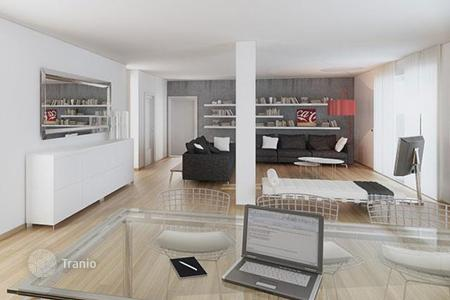 Houses for sale in Milan. New villa with a large terrace, next to the metro, near Porta Romana, Milan