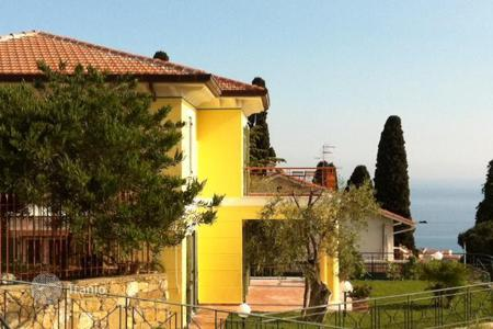 Luxury property for sale in Province of Imperia. Villa – Province of Imperia, Liguria, Italy
