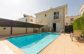 Coastal townhouses for sale in Paralimni. 2 bedroom Semi Detached House near the Sea