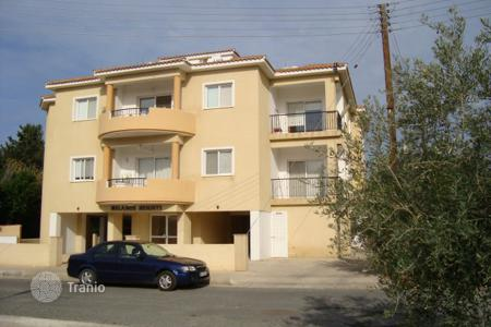 Cheap apartments with pools for sale in Chloraka. Two Bedroom Apartment
