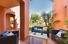 Property for sale in Andalusia. Fabulous Garden Level Apartment in Sotoserena, Estepona