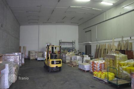 Manufacturing facilities for sale in Ljubljana. Production room – Ljubljana, Slovenia
