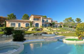 Villas and houses to rent in Mougins. Sumptuous Villa Mougins