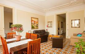 Apartments to rent in Southern Europe. Apartment – L'Eixample, Barcelona, Catalonia, Spain