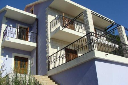 Coastal property for sale in Igalo. Villa – Igalo, Herceg-Novi, Montenegro