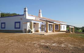 Property for sale in Tavira. 3 Bedroom Villa in a big plot, near Tavira