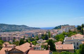 Residential for sale in Cimiez. Lower Cimiez, top floor with terrace and panoramic view