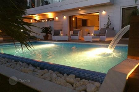 Coastal residential for sale in Trogir. Villa front line Trogir