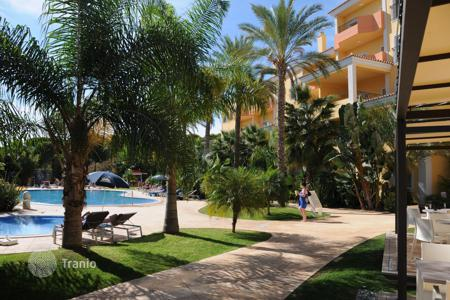 Property for sale in Faro. Hotel – Faro, Portugal