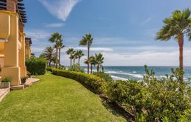 Apartments for sale in Spain. Frontline Beach Luxury Ground Floor Apartment in Rio Real, Marbella East