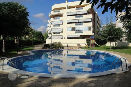 Coastal apartments for sale in Costa Dorada. Apartment – Salou, Catalonia, Spain