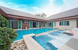 Villas and houses for rent with swimming pools in Chonburi. Villa – Pattaya, Chonburi, Thailand