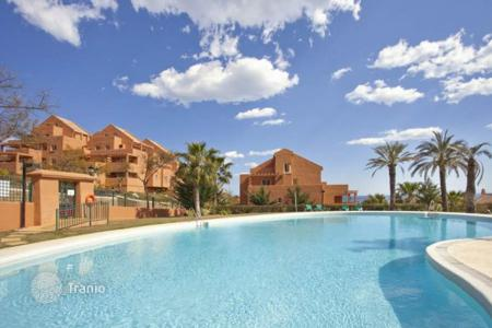 Property for sale in Fuente Vaqueros. Apartment – Fuente Vaqueros, Andalusia, Spain